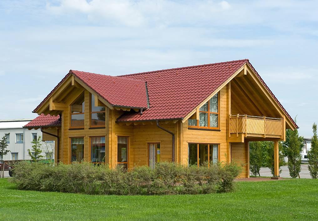 Musterhaus havelland von fullwood for Klassischer baustil