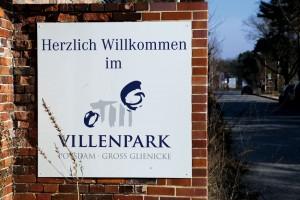 Eingangsbereich Villenpark Potsdam. © RIJ / Christina Gericke
