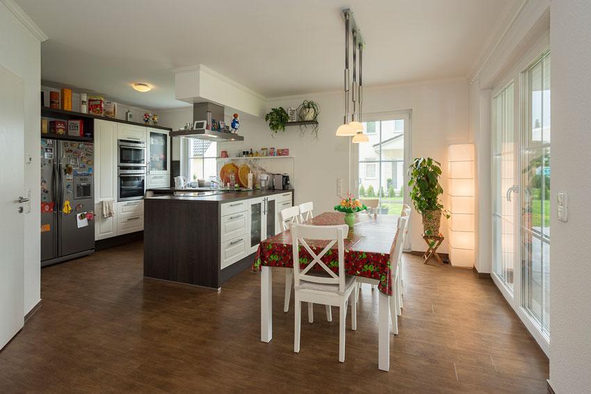 baupartner mit empfehlung stadtvilla von roth massivhaus. Black Bedroom Furniture Sets. Home Design Ideas