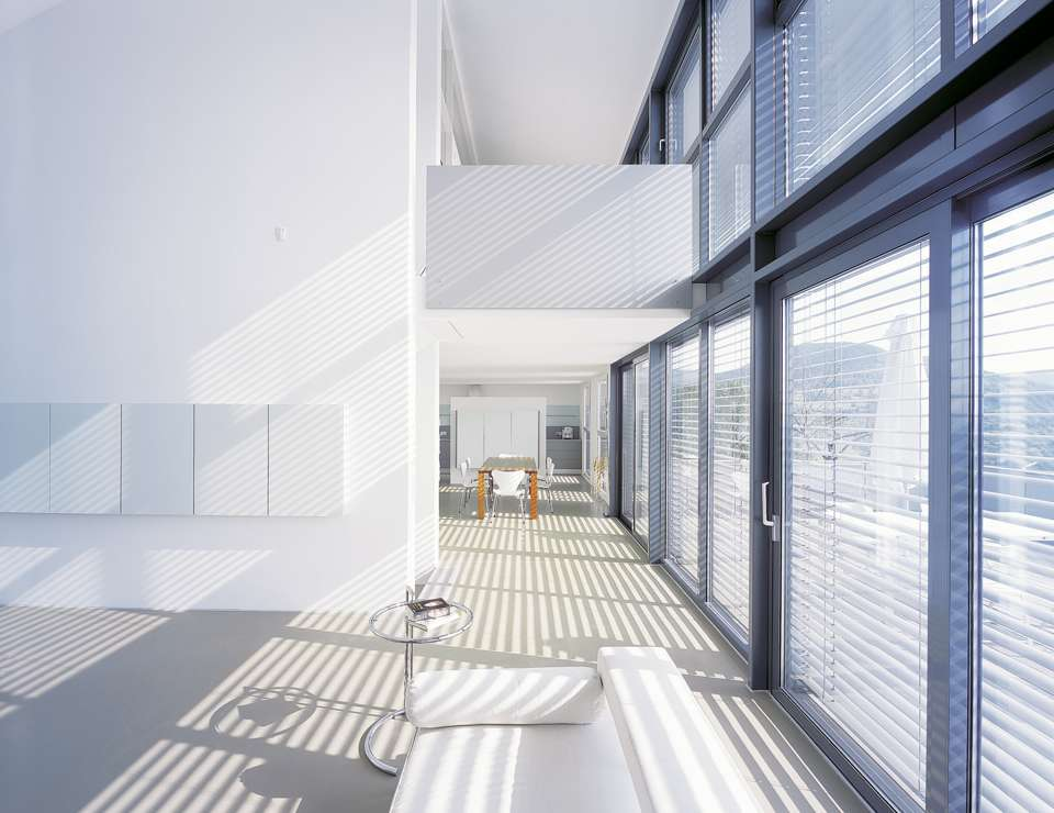 Viel Glas, guter Sonnenschutz. Foto: VFF/Aldra Fenster und Türen GmbH