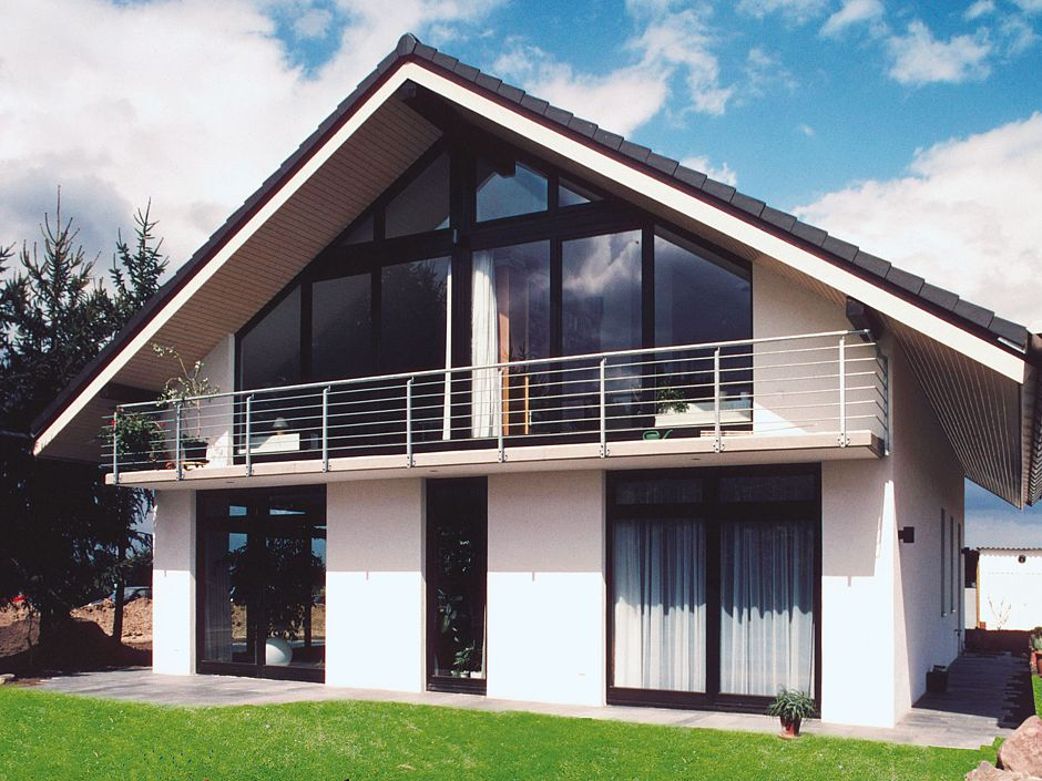 Architektenhaus mit großzügiger Glasfront Quelle: Kosima Haus