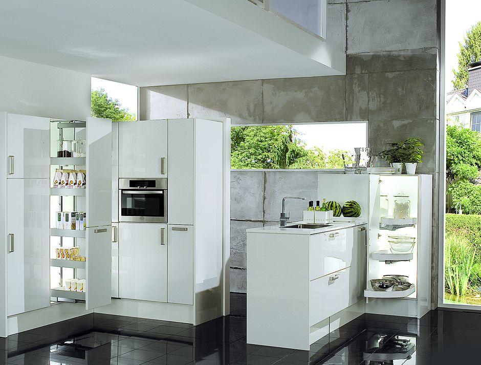 Kleine küchen sind bei guter planung kompakte wunder mit ausgesprochen praktischen funktionen foto amk