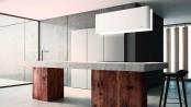 Designobjekt mit Doppelfunktion: Die Dunstabzugshaube Mood arbeitet sehr leise und ist gleichzeitig stimmungsvolle Deckenleuchte. Foto: Novy/txn