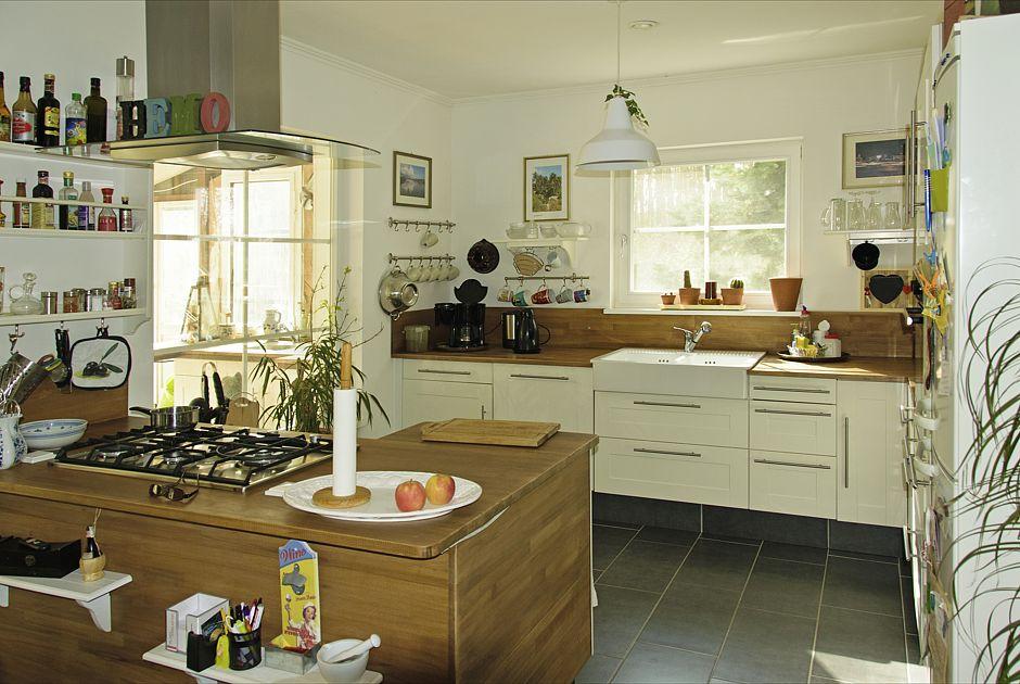 Küche - Villa Lönneberga von Max-Haus Foto: Ines Weitermann/ Presse & Marketing