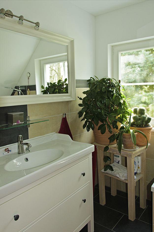 Bad - Villa Lönneberga von Max-Haus Foto: Ines Weitermann/ Presse & Marketing