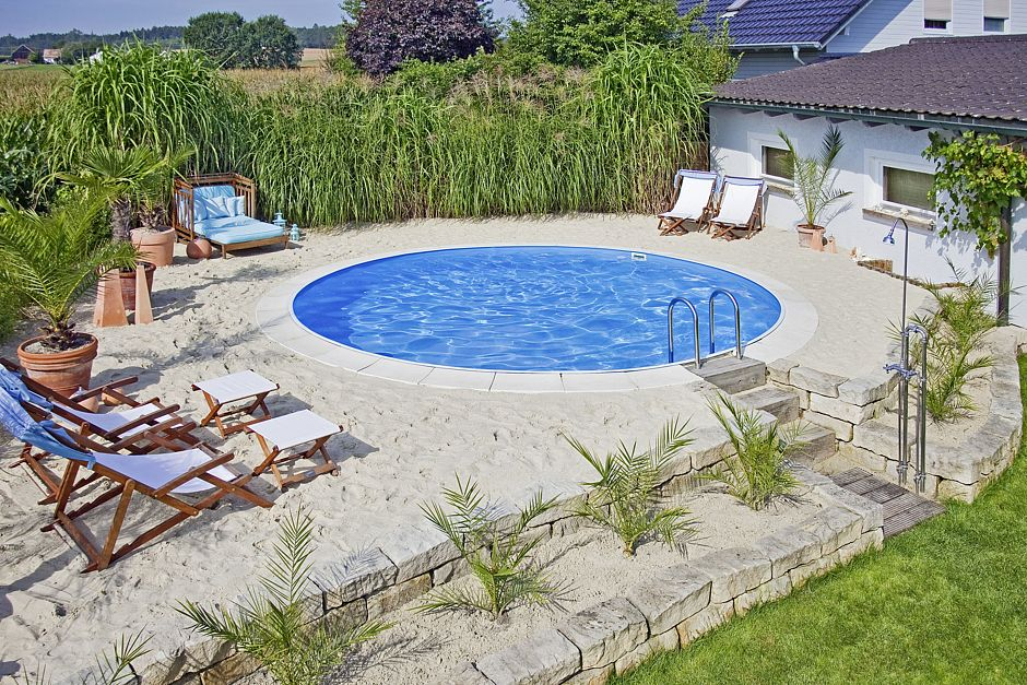 Pool planung geh rt in profih nde for Garten pool 457x122