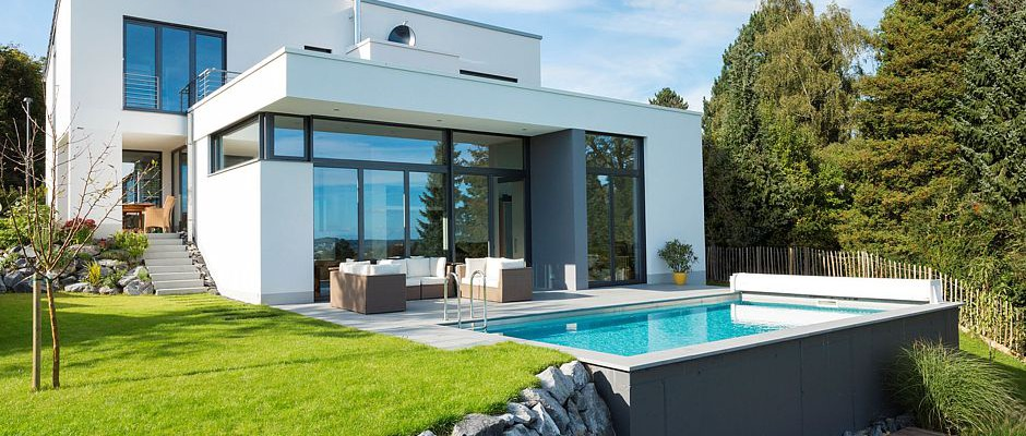Ein Echtes Schmuckstück: Ein Privater Pool Macht Den Garten Noch Mal So  Attraktiv. ©