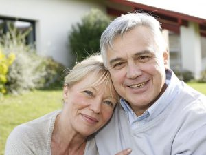 Ältere Immobilienerwerber werden durch die fehlerhafte Umsetzung der EU-Richtlinie benachteiligt © goodluz / Fotolia.com