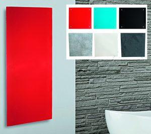 Infrarotheizungen gibt es in vielen verschiedenen Designs, zum Beispiel aus farbigem Glas, als Spiegel oder aus Keramik. Foto: Hellweg