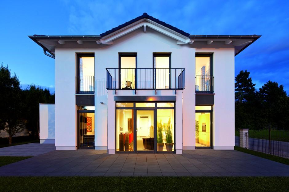 Traumhaus stadtvilla for Hausbaufirmen berlin