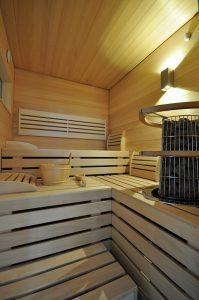 Weinkeller, Sauna & Co. machen das Untergeschoss zu einem Stockwerk für Genießer. Fotos: GÜF/Braun