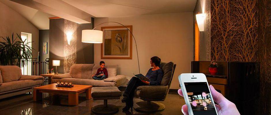 Intelligente Leuchtmittel sind der wohl unkomplizierteste Weg, mit Smart Home zu beginnen.