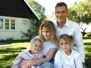 Ein Familienhaus ermöglicht das Zusammenleben von Groß und Klein Foto: Liv Friis-larsen - Fotolia