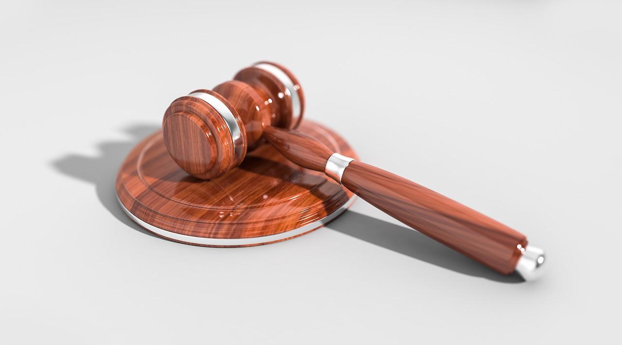 Verhandeln oder vor Gericht ziehen?