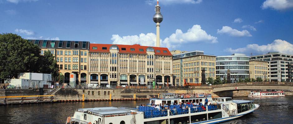 In Mitte, dem Bezirk mit den höchsten Preisen, wird jede zweite gebrauchte Eigentumswohnung für mindestens 4.333 Euro pro Quadratmeter Wohnfläche inseriert. © Frank Herrmann / Fotolia.com