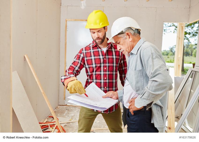 Der Umbau eines Hauses oder einer Wohnung für eine barrierearme Nutzung im Alter erfordert eine ganz konkrete und individuelle Planung und Betrachtung der vorhandenen Bedingungen. © Robert Kneschke / Fotolia.com
