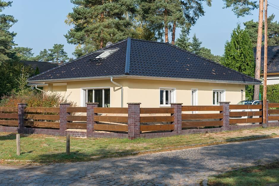 Ein großzügiger Küchen-/Wohnbereich für gesellige Stunden mit der Familie und Gästen. © maasgestaltet