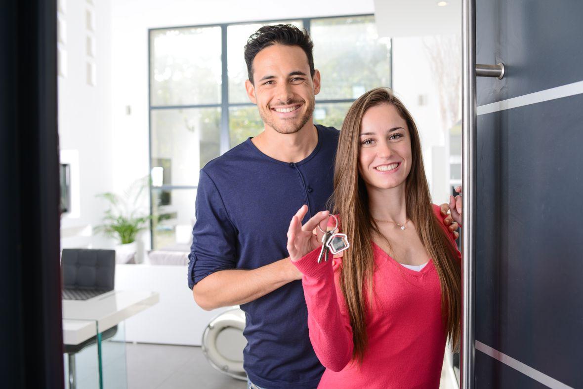 Immobilienerwerb - Wo wohnt es sich als Familie am besten? Foto: JP WALLET / shutterstock.com