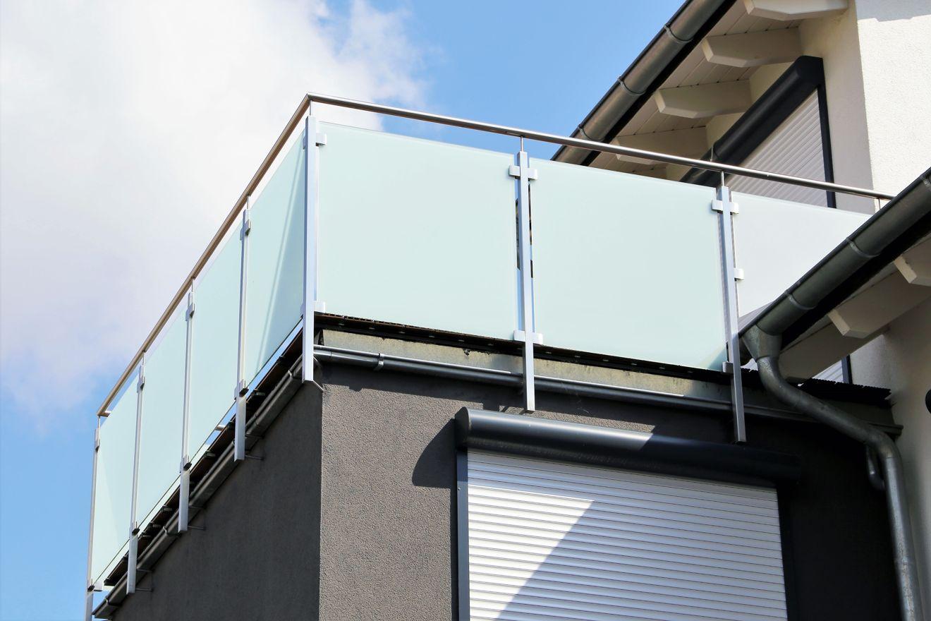 Sichtschutz Fur Den Balkon Sicher Und Gut Geschutzt Jetzt Auf