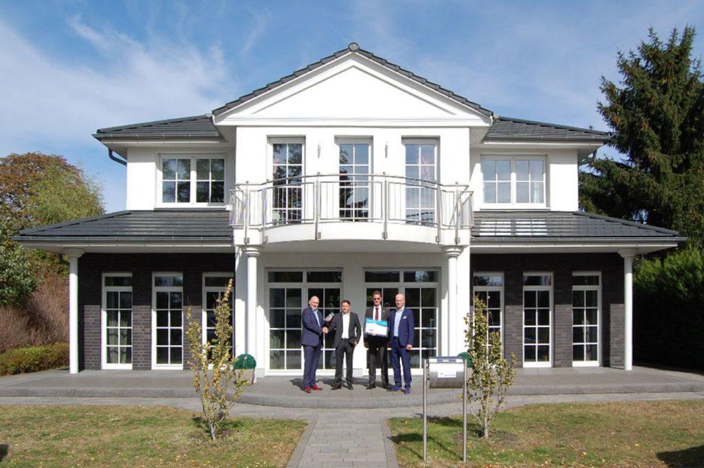 """Musterhaus """"Villa Falkensee"""" von Heinz von Heiden"""