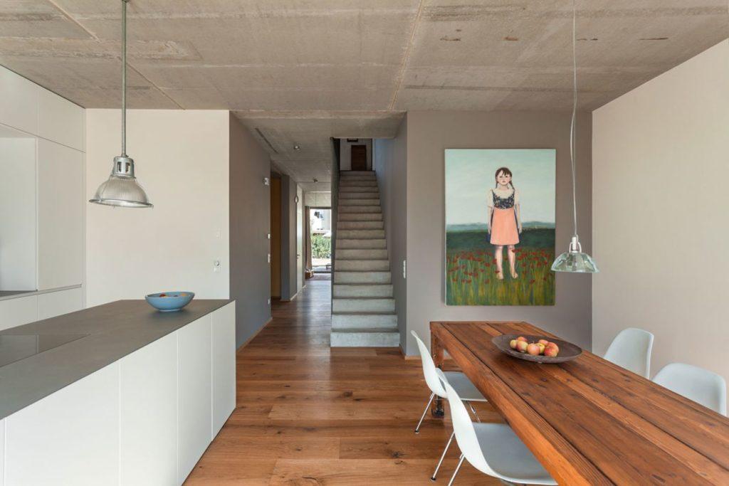 Küche mit Essbereich Foto: KOSIMA-Haus