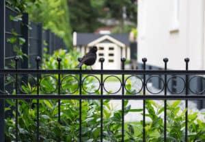 Gartenzaun aus Stahl