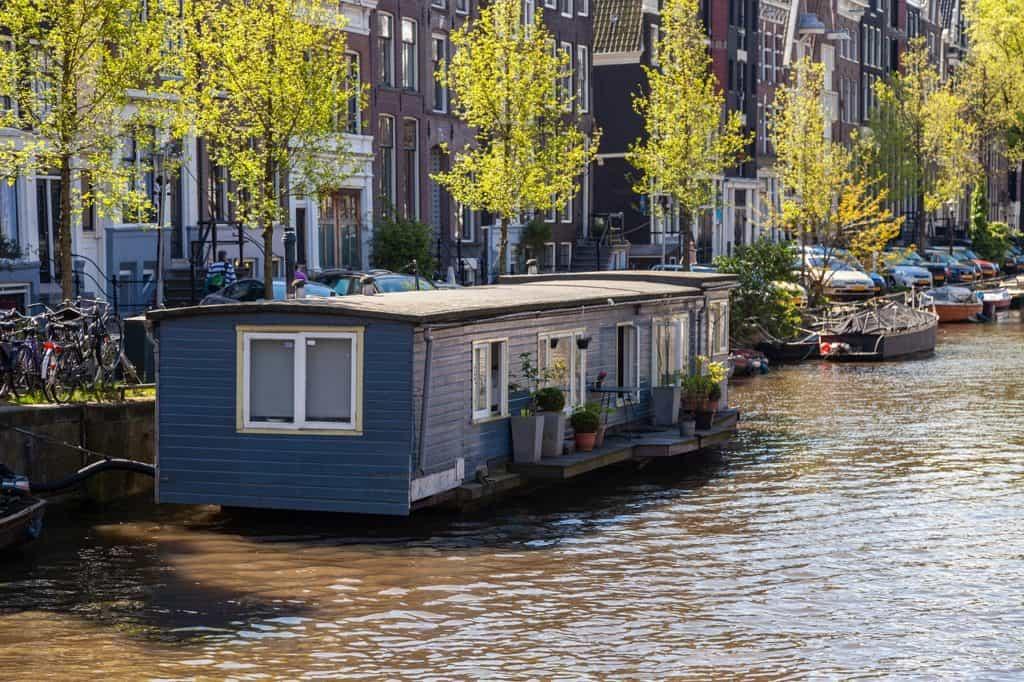 Klassisches Hausboot