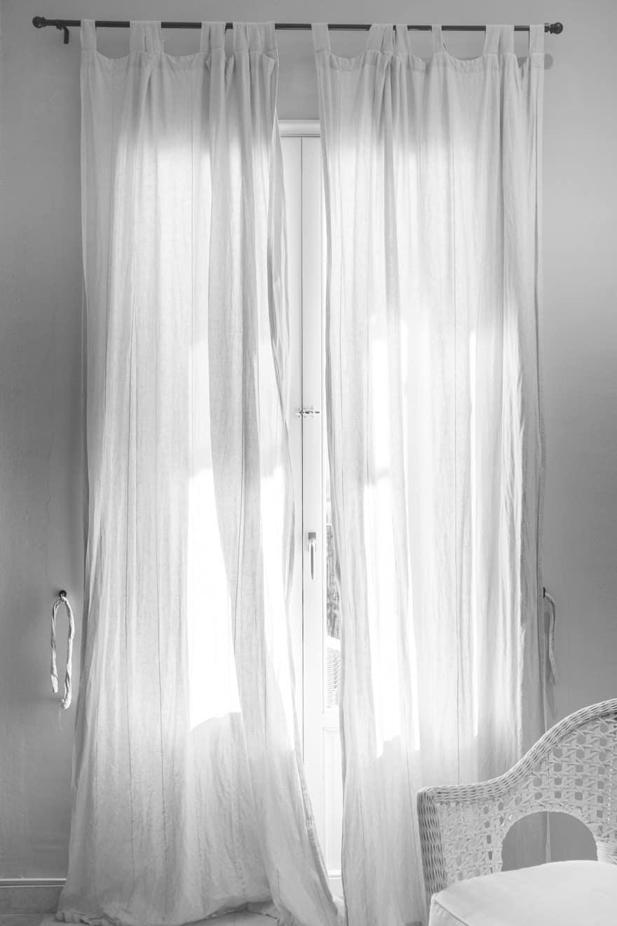 Gardine oder Vorhang