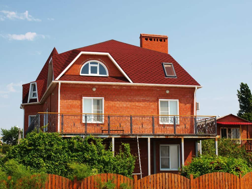 Einfamilienhaus mit Mansardendach