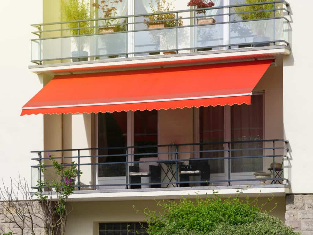 Sonnenschutz für den Balkon